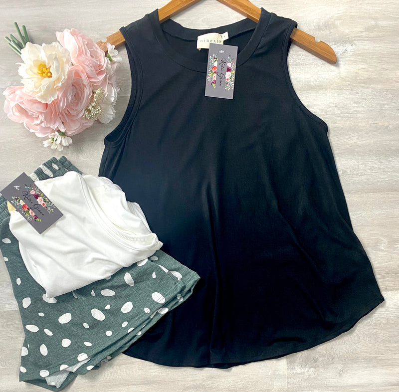 """Carrie"" Sleeveless Top"