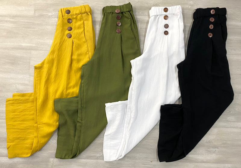 Button Trimmed Cropped Pants