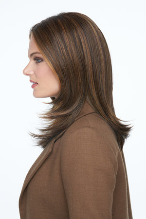 Nice Move by Raquel Welch in Shaded Hazelnut (RL8/29SS)