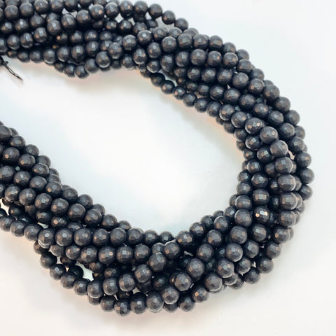 Onyx - 6mm Round faceted, matte