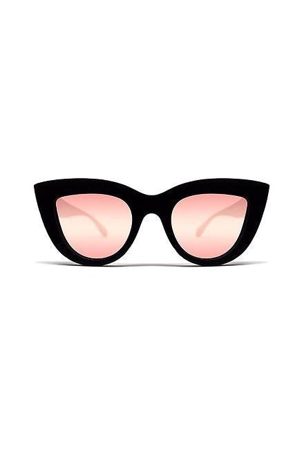 Quay Kitti Black with Pink Lens - Cimiche