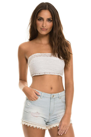 Elan - Light Color Denim Stretch Shorts with Lace Trim - Cimiche