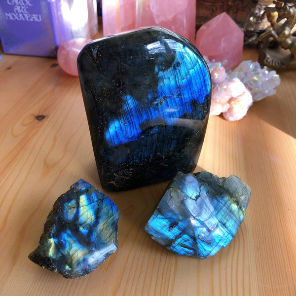 Labradorite self standing point #4