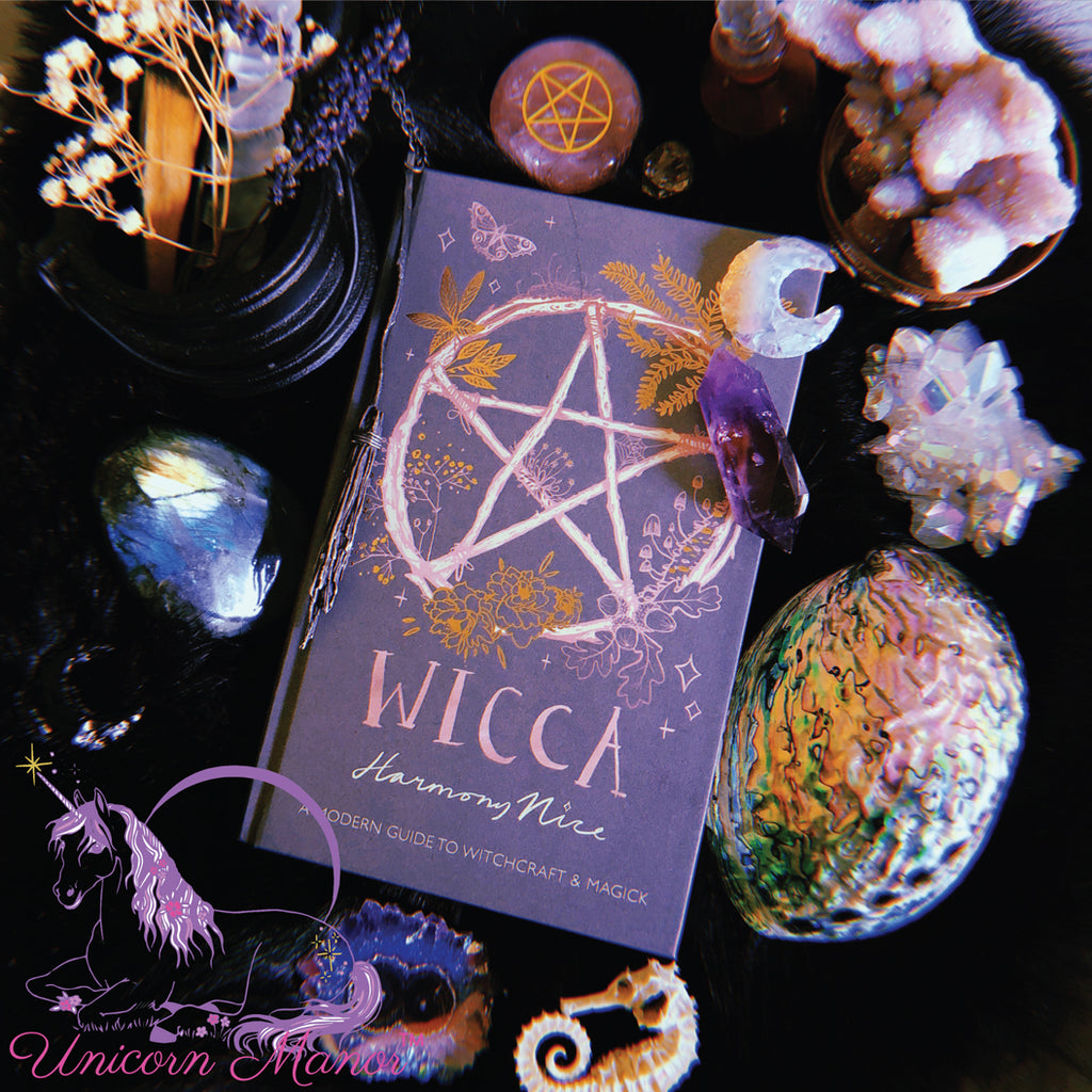 Wicca: A modern guide to Witchcraft & Magick (Hardcover)