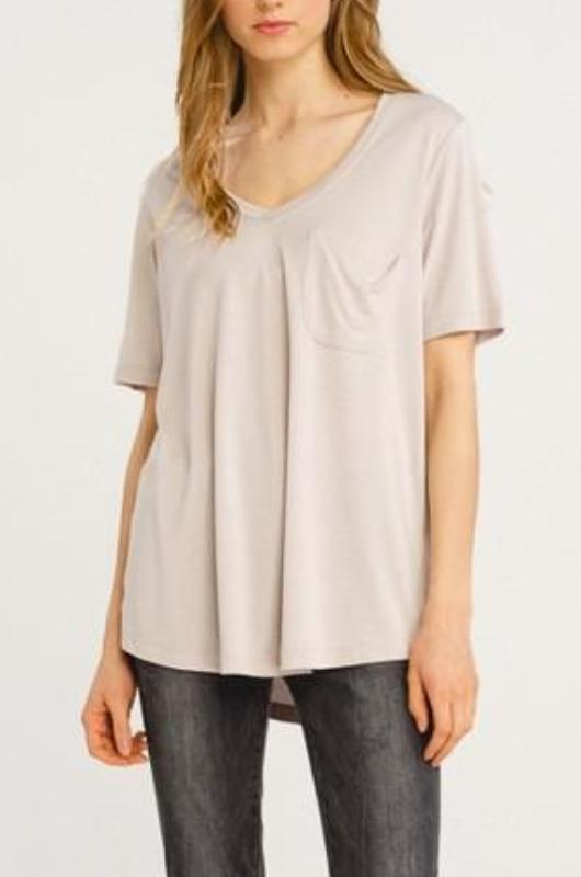 SARAH SHORT SLEEVE CHAMPAGNE V NECK POCKET T SHIRT