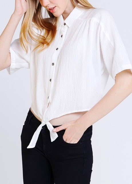 CLASSIC BUTTON DOWN STYLE TOP