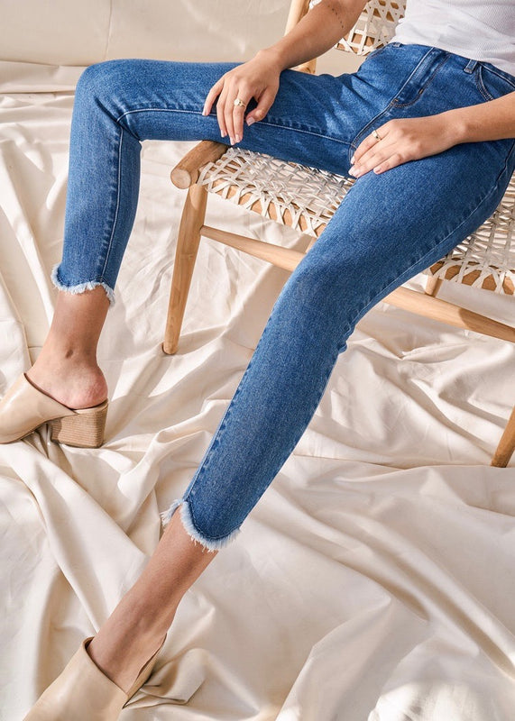 TULIP FRAYED SKINNY JEANS