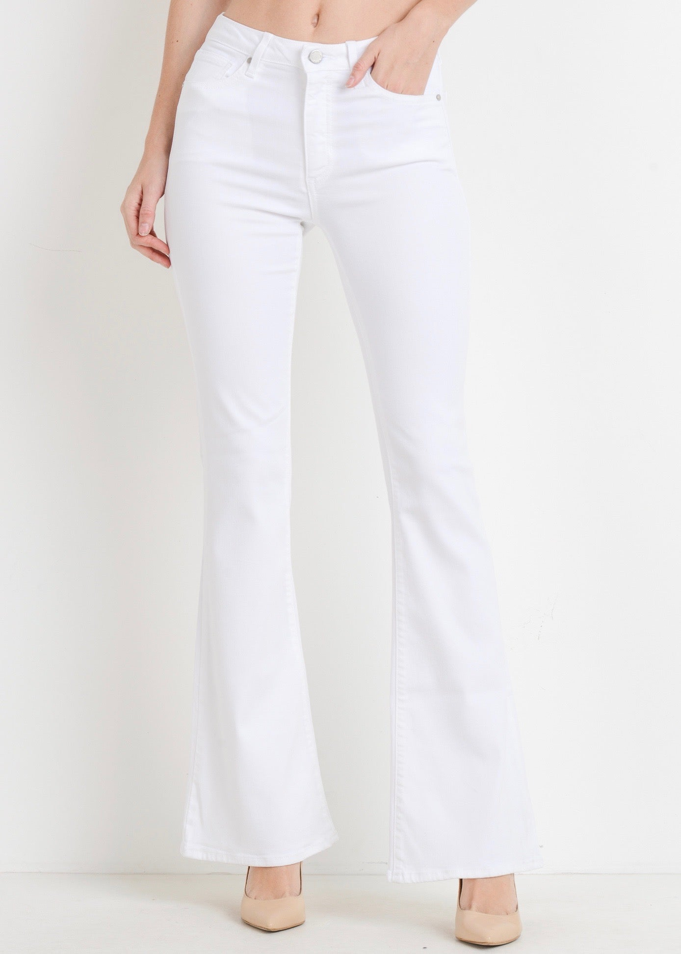 WHITE SKINNY FLARE JEANS
