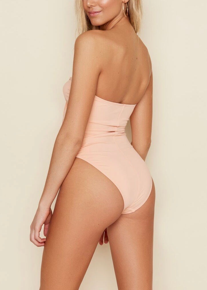 TIE FRONT KEY HOLE BATHING SUIT