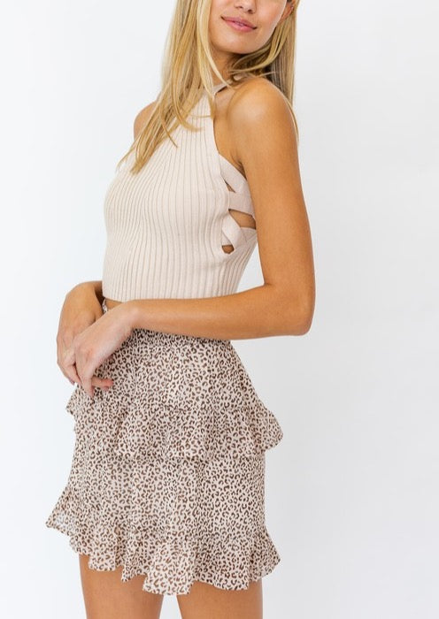 SIDE CRISS CROSS CROP TOP