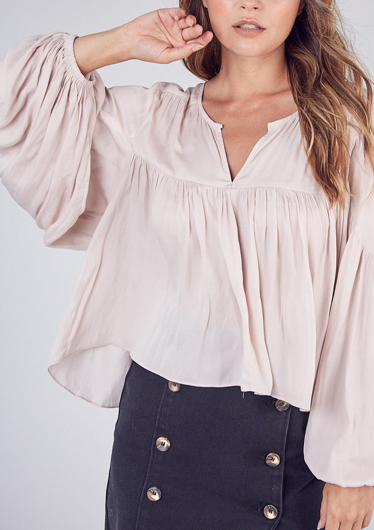 BALLOON SLEEVE BLOUSE