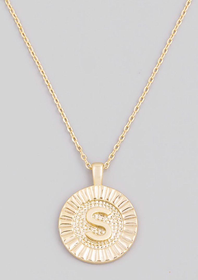 S INITIAL PENDANT NECKLACE