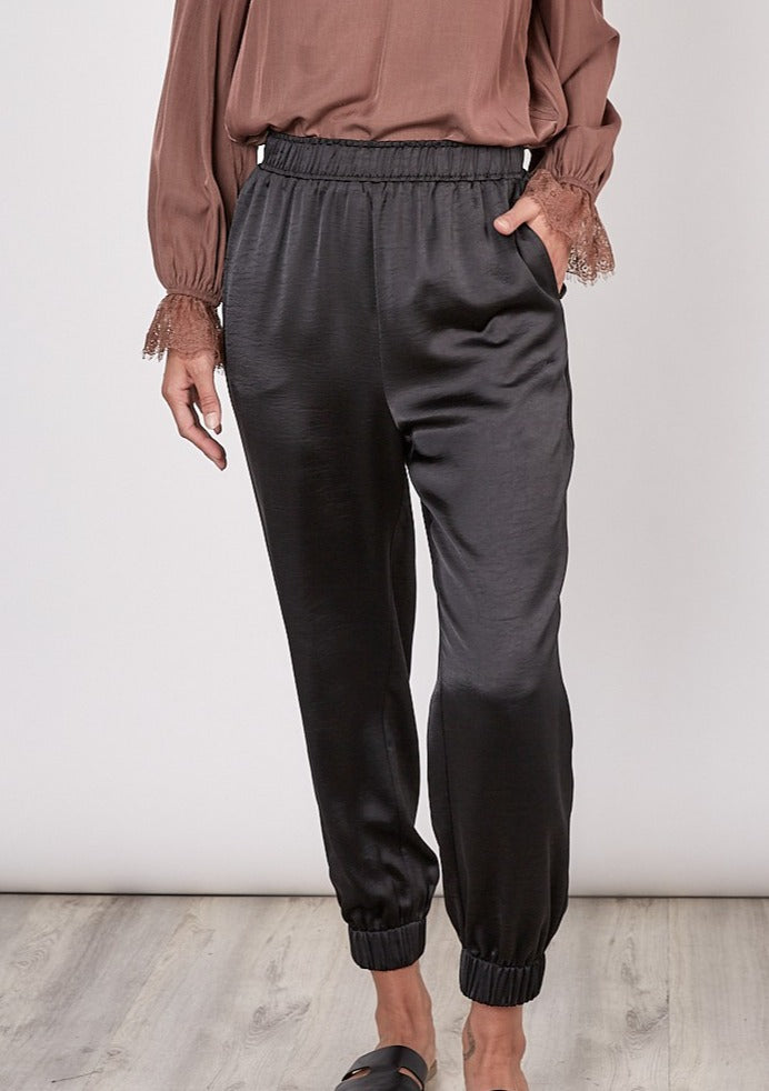 COLBY SHINY WOVEN JOGGERS