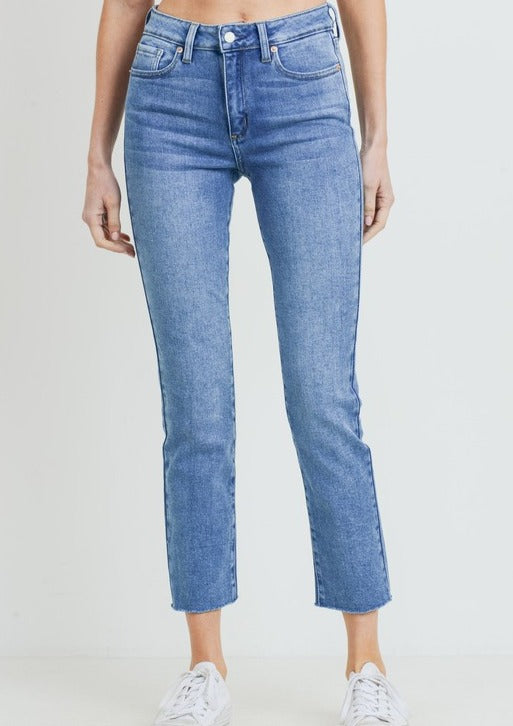 FRAYA RELAXED SKINNY JEANS