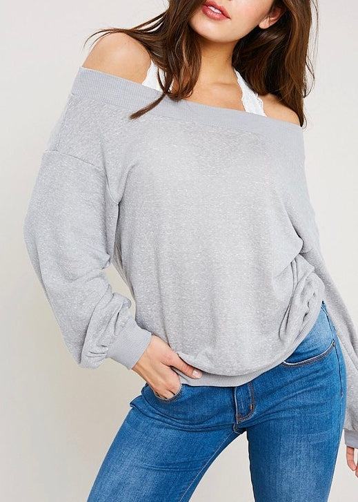 KOURTNEY OFF THE SHOULDER SWEATSHIRT