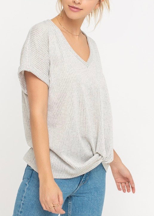 MOLLY KNOTTED TOP