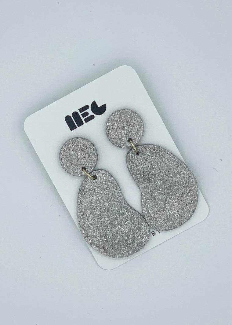 LYNN MIS-MATCH MOM EARRINGS