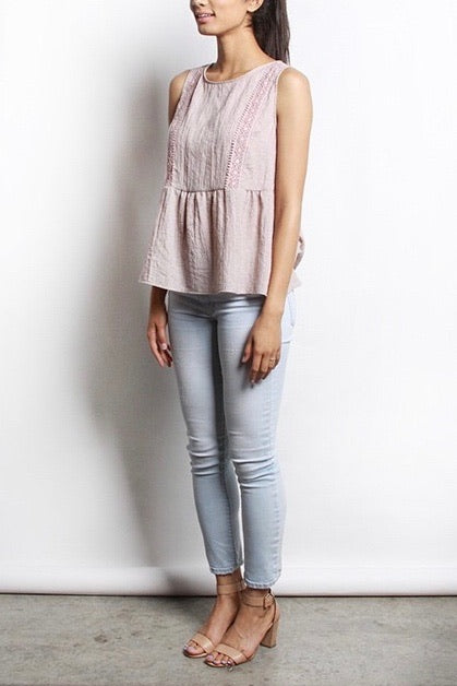 DAINTY ROSE TOP