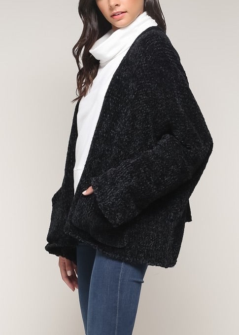 MAGGIE LOOSE FIT SWEATER