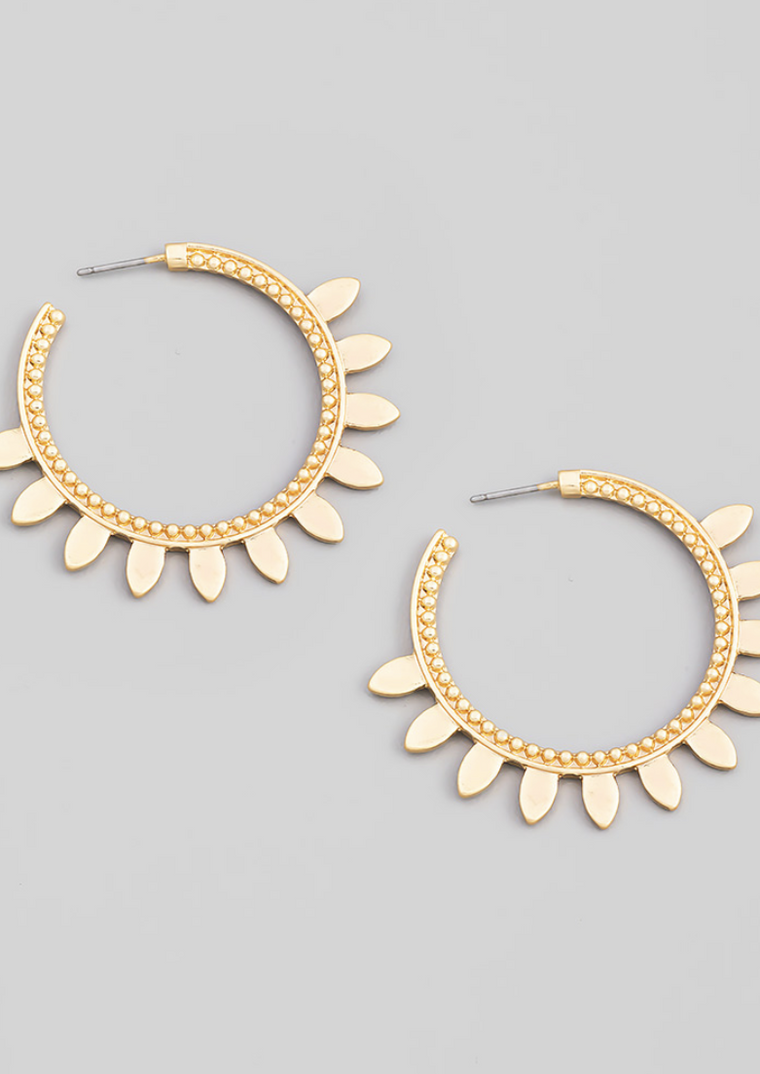 FLOWER PETAL GOLD HOOPS