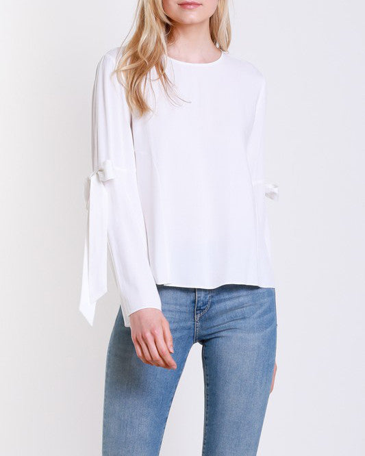 TIED RIBBON SLEEVE TOP