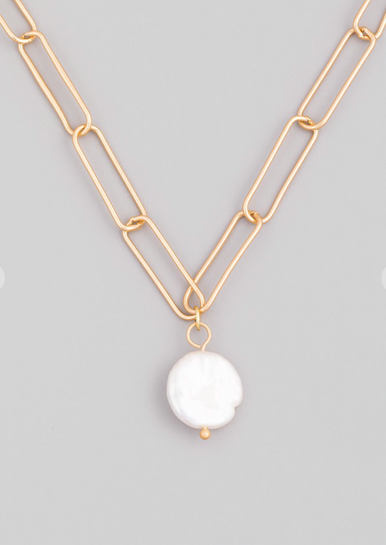 PEARL CHARM GOLD NECKLACE