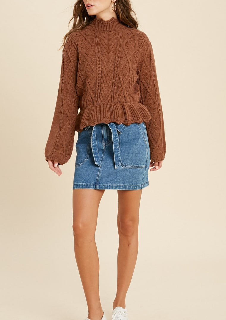 HISANO SCALLOPED HEM SWEATER