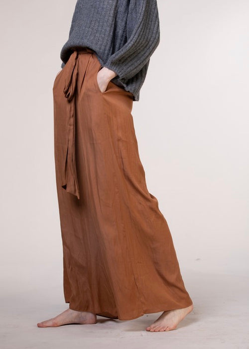 WIDE LEG WITH POCKETS