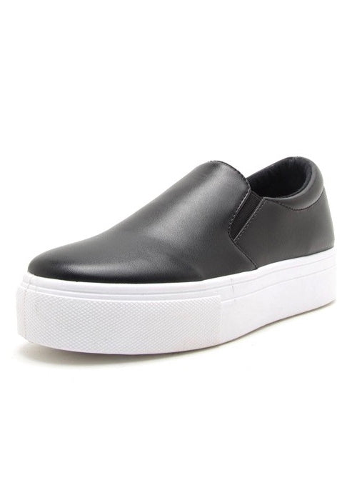 AVRIL BLACK LEATHER SLIP-ON SHOES