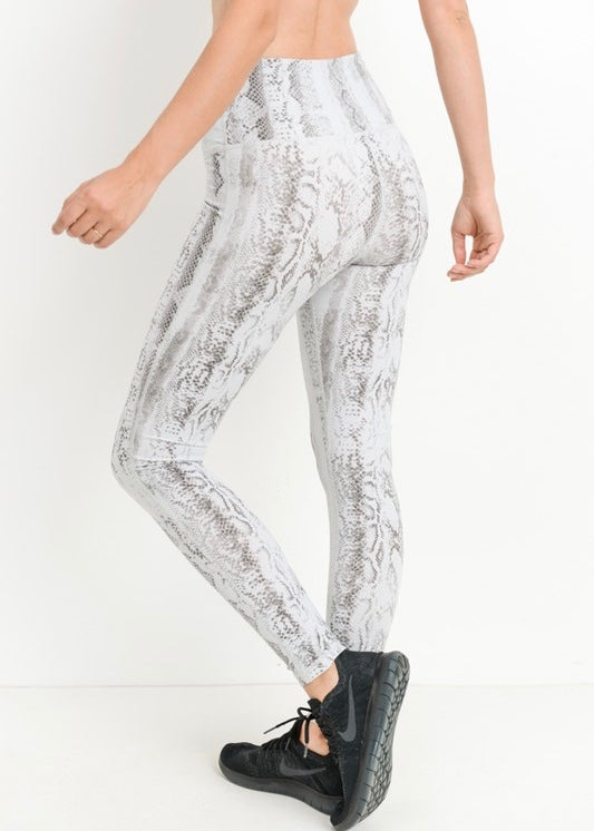SNAKE PRINT HIGHWAISTED LEGGINGS