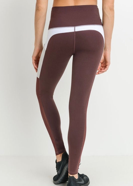 MOISTURE WICKING LEGGINGS