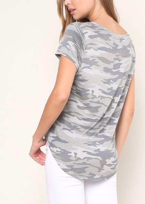 ESSENTIAL CAMO T-SHIRT
