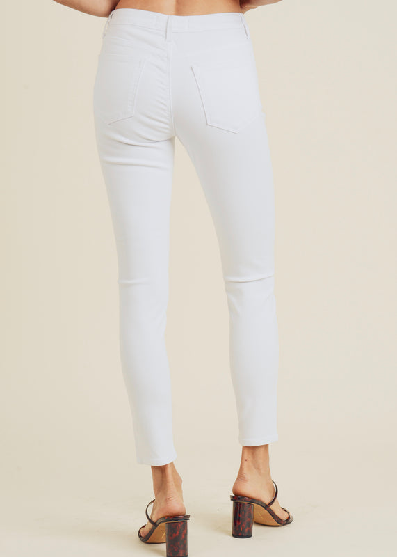HIGH RISE WHITE SKINNY JEANS