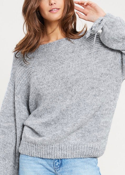 BELL SLEEVE BOW TIE SWEATER