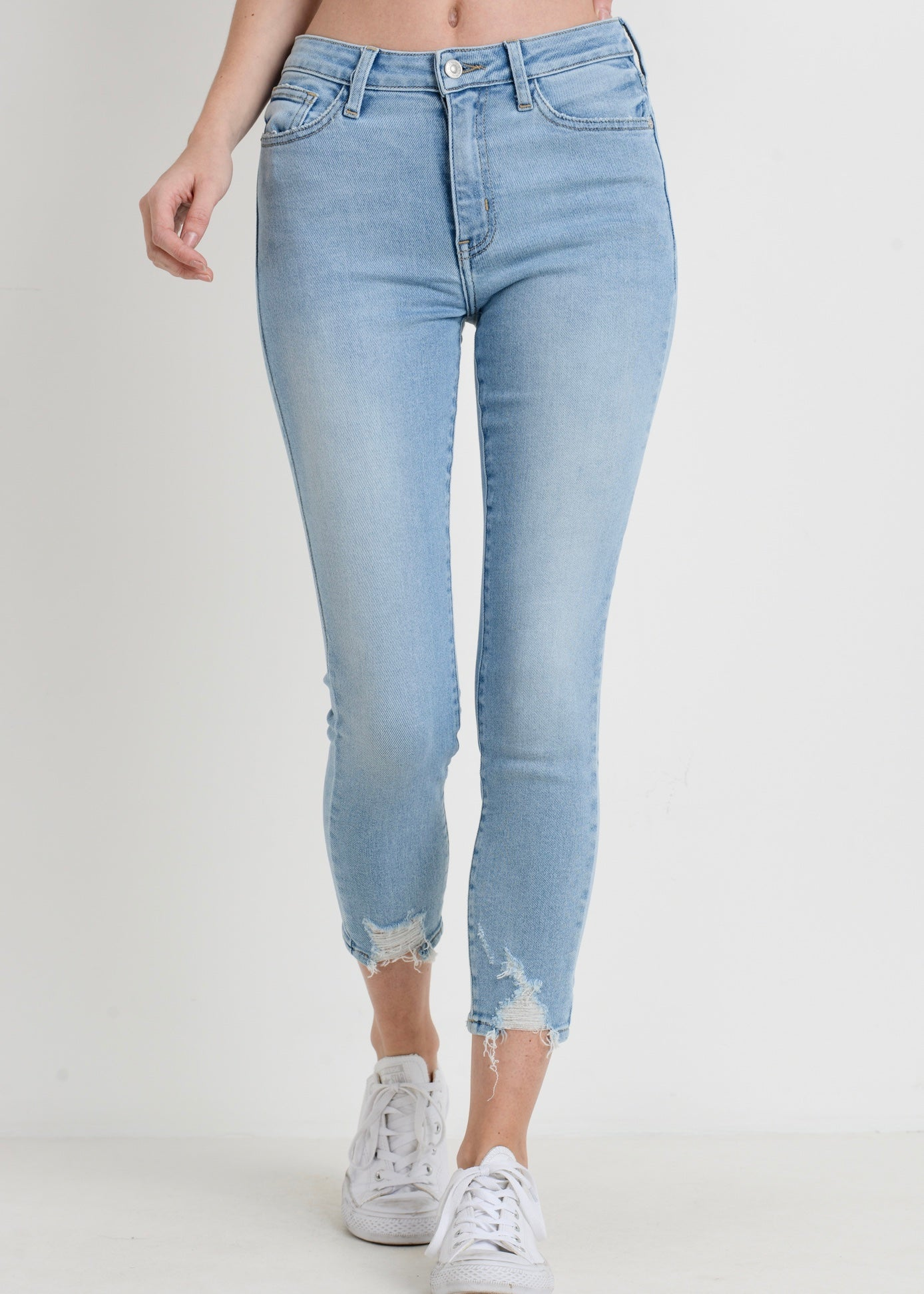 LIGHT DENIM JEANS