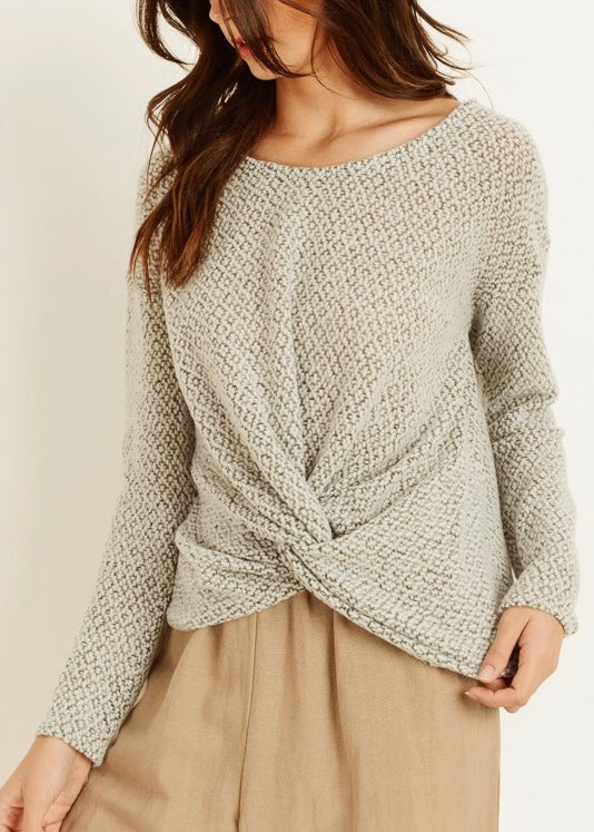 LIGHTWEIGHT TWISTED SWEATER TOP