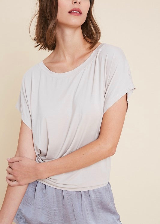 ELLE OPEN-BACK BASIC T-SHIRT
