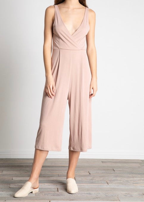 HAZEL DEEP V-NECK TUCKED WIDE JUMPSUIT