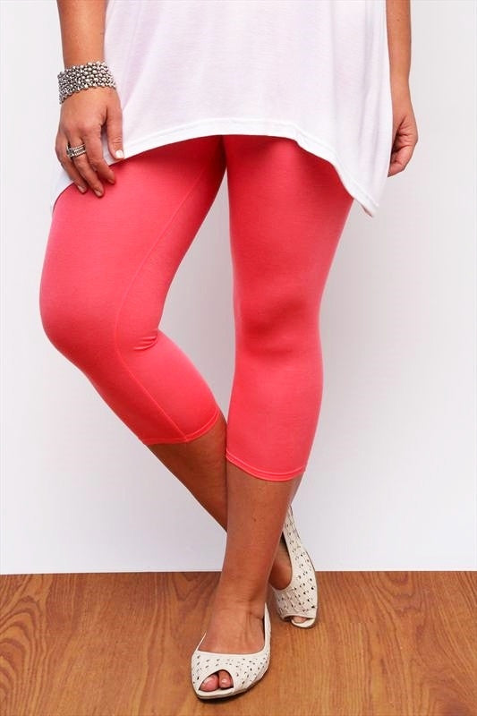 Coral Plus Size 3/4 Leggings - I Love Tunics @ www.ilovetunics.com