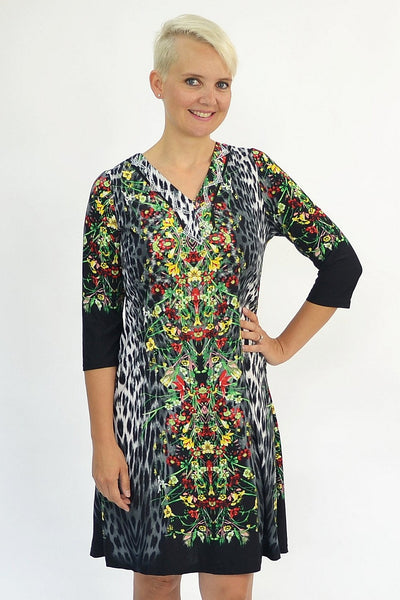 Animal Floral Tunic | I Love Tunics | Tunic Tops | Tunic Dresses | Women's Tops | Plus Size Australia | Mature Fashion