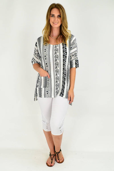 A Nice Black and White Relaxed Fit Tunic Top