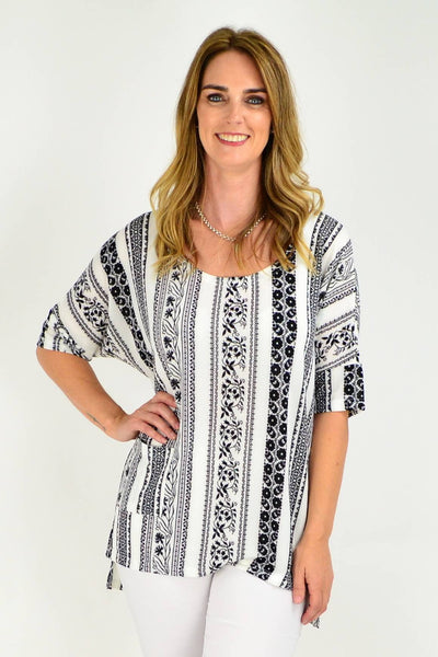 A Nice Black and White Relaxed Fit Tunic Top | I Love Tunics | Tunic Tops | Tunic Dresses | Women's Tops | Plus Size Australia | Mature Fashion