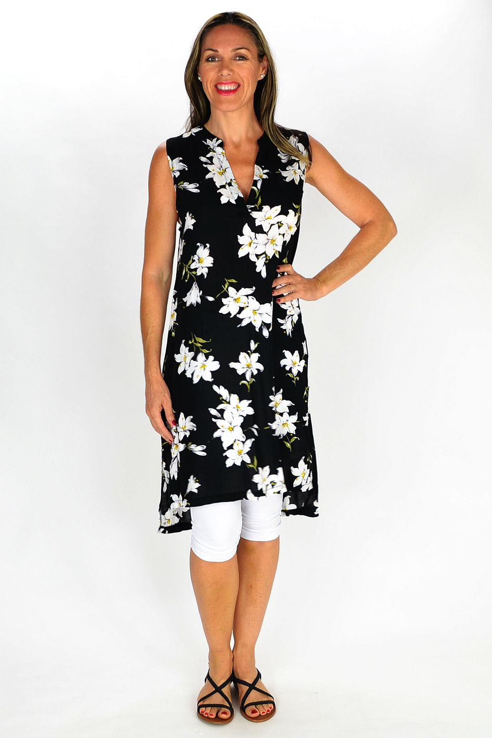 White Lily Tunic - at I Love Tunics @ www.ilovetunics.com = Number One! Tunics Destination