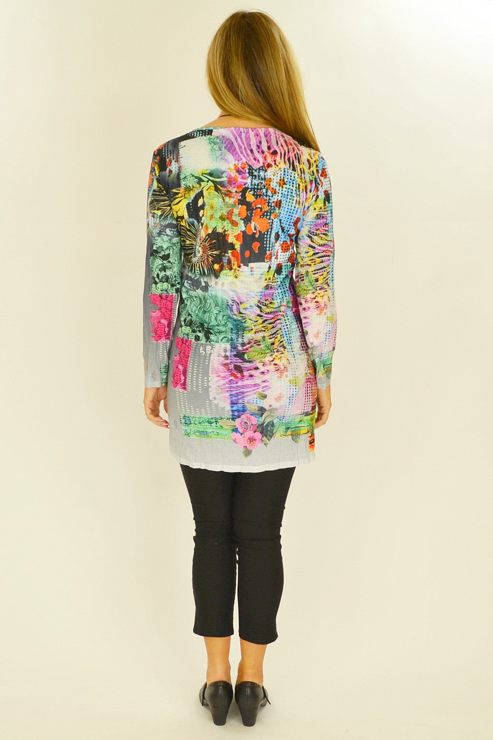 Tanyas Floral Tunic - at I Love Tunics @ www.ilovetunics.com = Number One! Tunics Destination