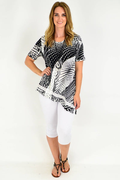 Black and White Diamond Print Asymmetrical Tunic Blouse