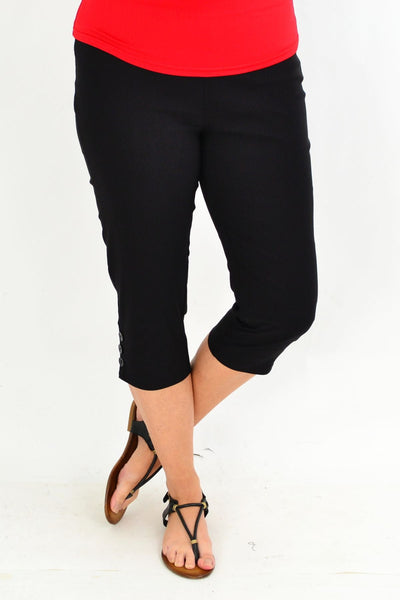 Black 3 Button 3/4 Pull on Pants
