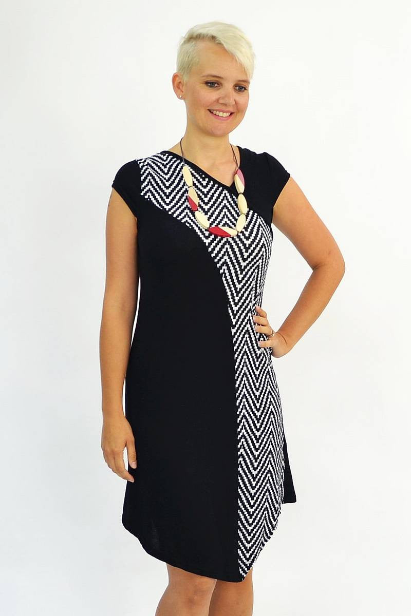 Black White Zig Zag Tunic | I Love Tunics | Tunic Tops | Tunic | Tunic Dresses  | womens clothing online