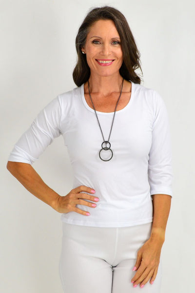Interlocked Grey Circles Necklace