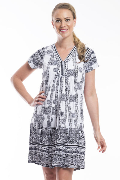 Black White OQ Easy Fit V Neck Dress | I Love Tunics | Tunic Tops | Tunic Dresses | Women's Tops | Plus Size Australia | Mature Fashion
