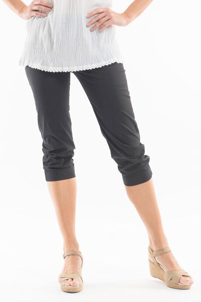 3/4 Black Cotton Pants